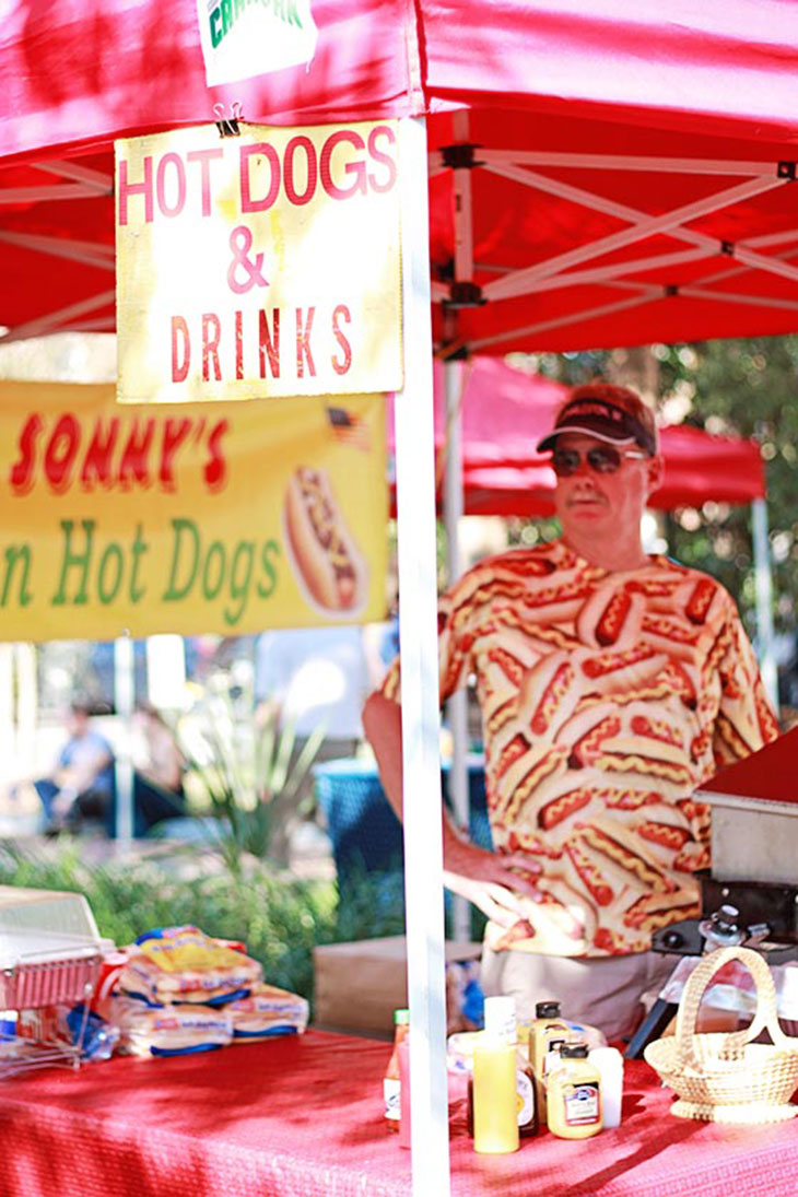 Charleston Farmer's Market on Marion Square - Hot Dogs!