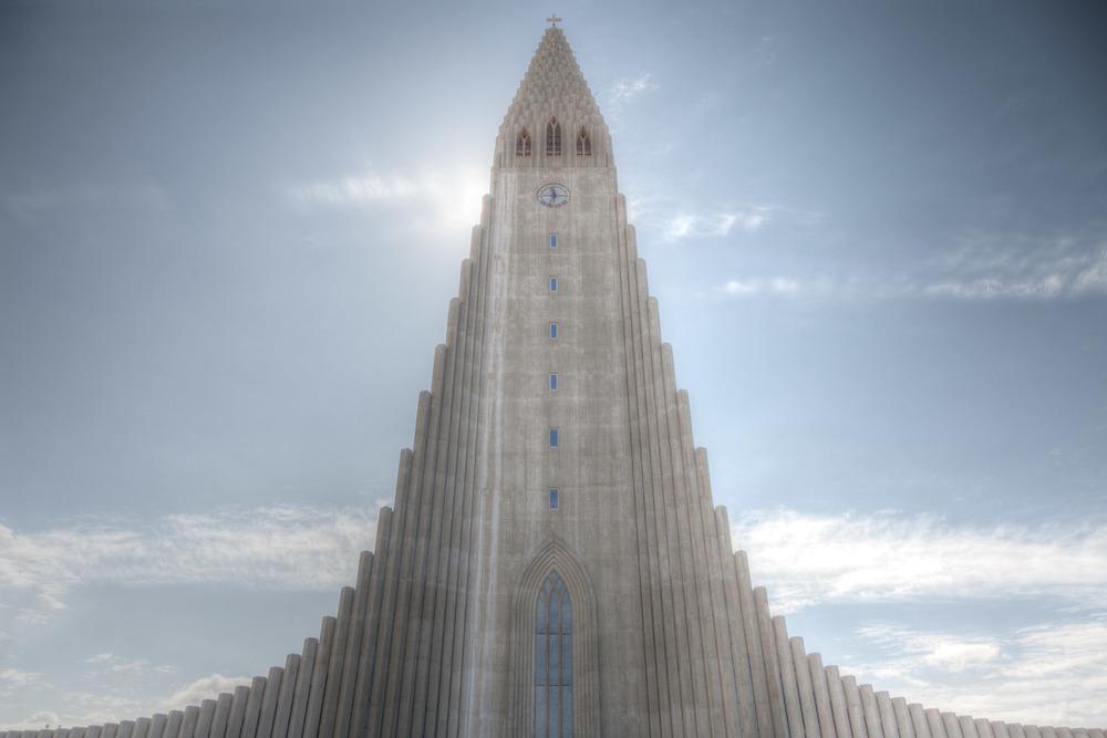Beeindruckende Hallgrimskirkja in Reykjavík