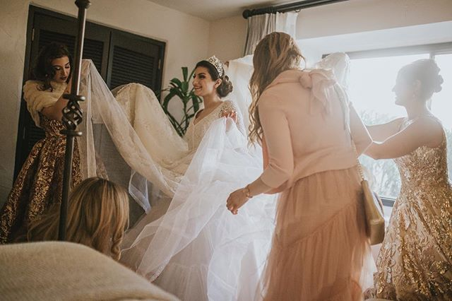 When you have an awesome bridal party making sure everything is perfect for your day 👌🏼