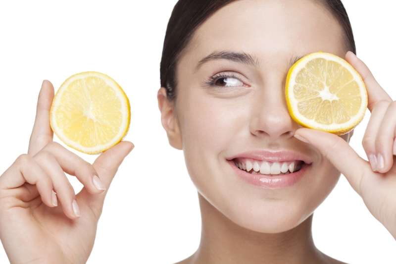 Lemons stimulate the production of hydrochloric acid in the stomach, aiding in proper digestion, and the clearing of acne.