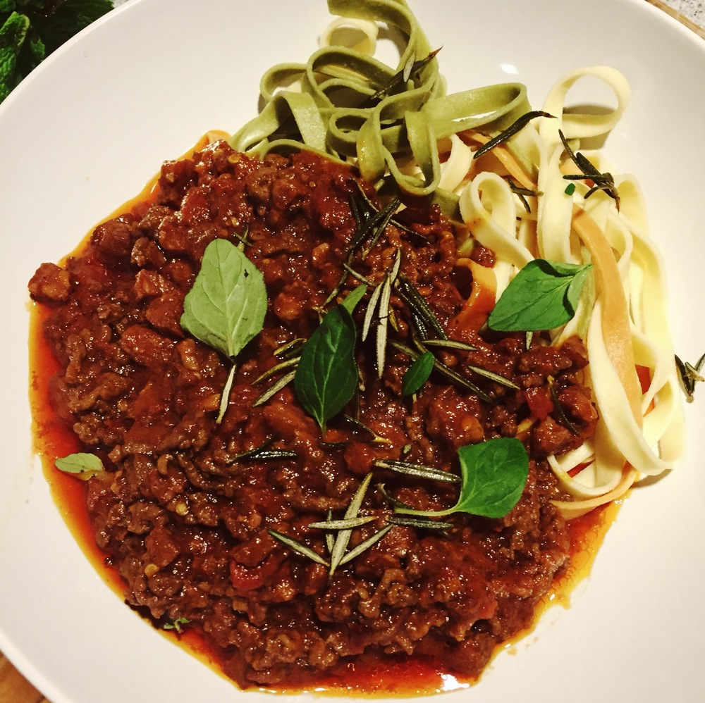 Bolognese with some fettuccine, crispy rosemary & oregano!