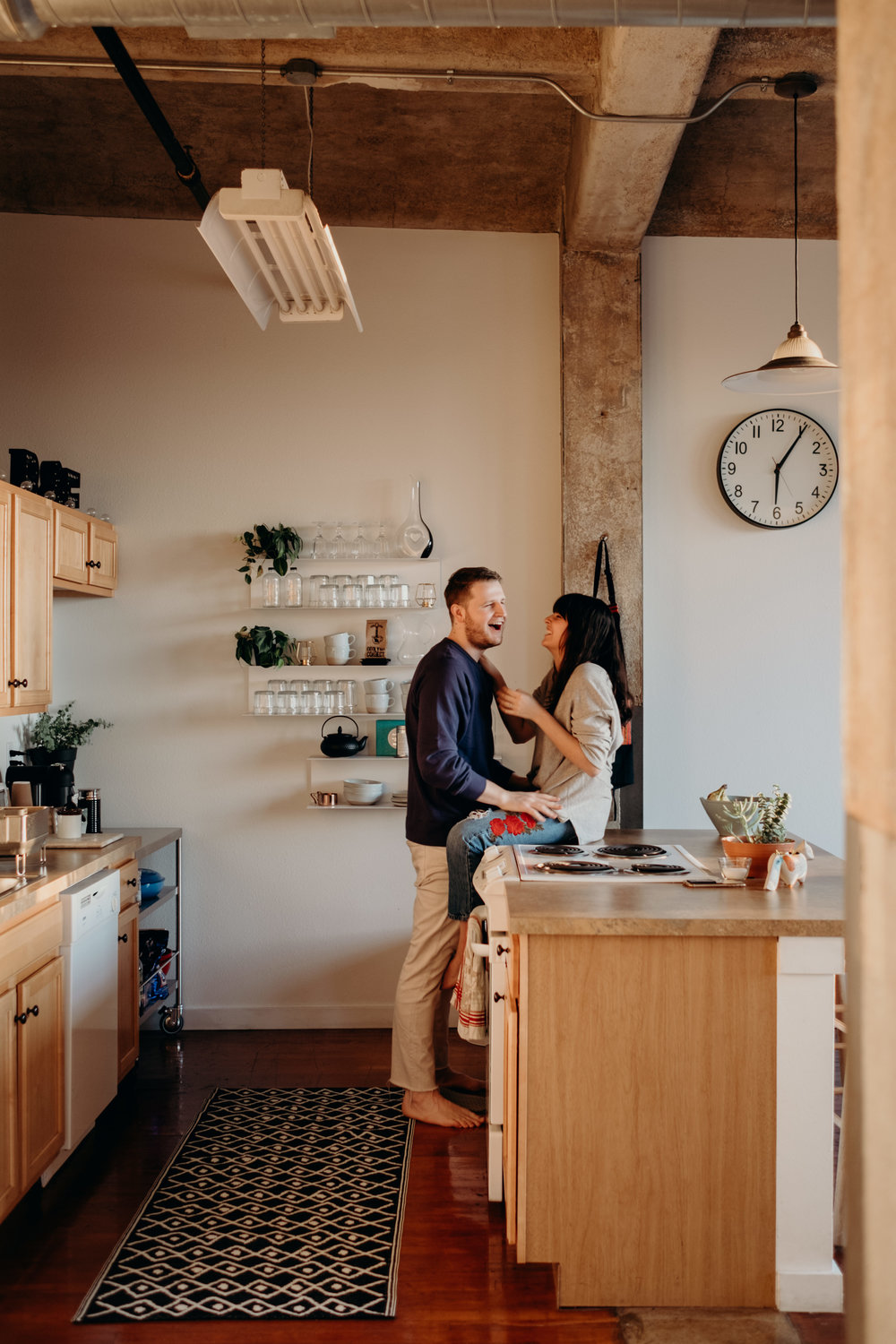 Midwest In Home Couple Photographer - Ali Happer.jpg