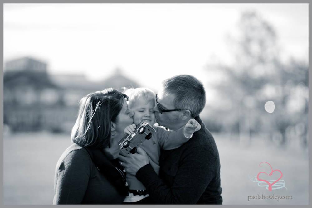 family_singles_paolabowley.com6.jpg