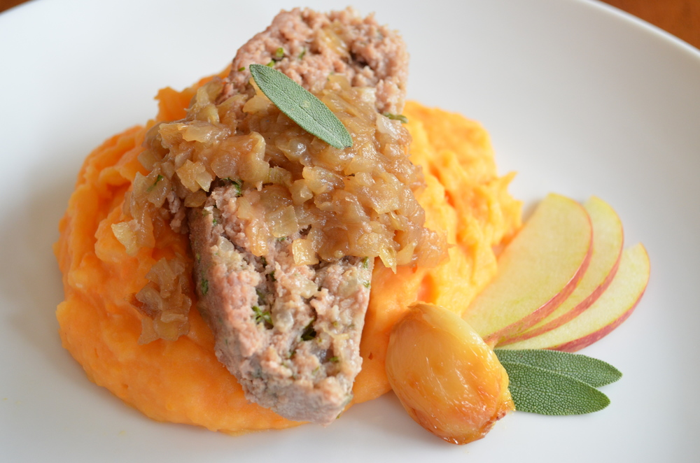 Apple Onion Turkey Meatloaf with Onion Marmalade
