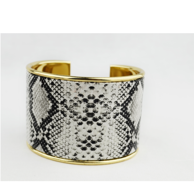 python cuff square.png