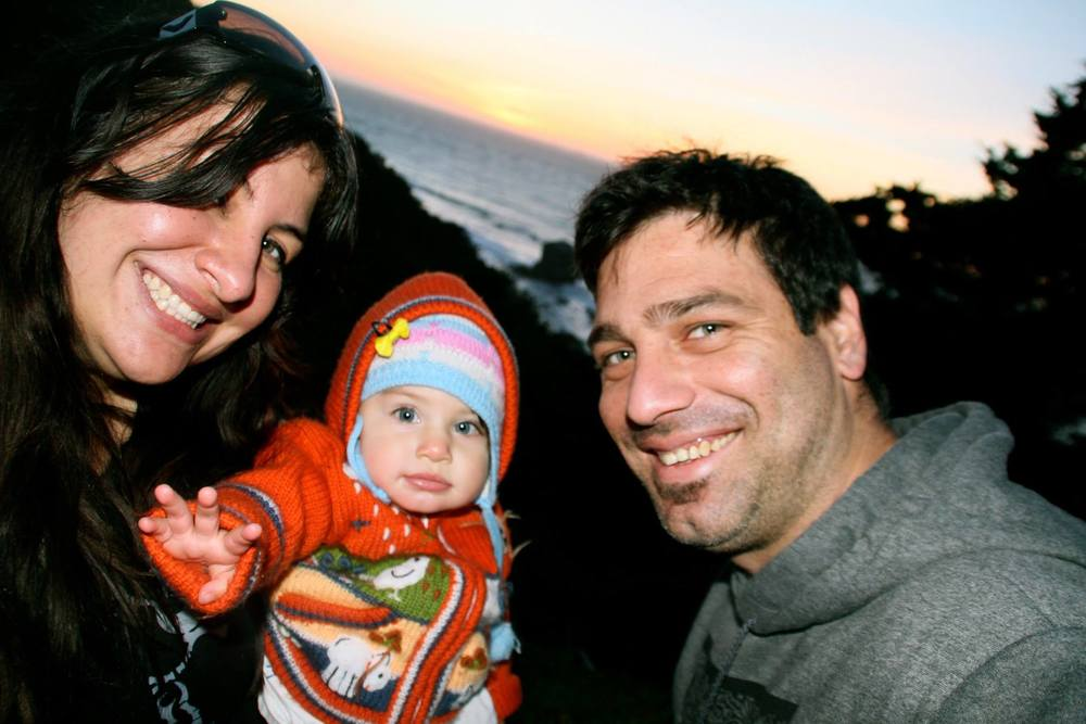 Mom Jazmin, baby Axul and dad Xaul