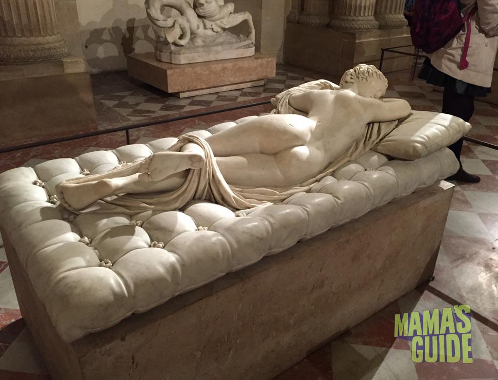 Louvre-pillow-sculpture.jpg