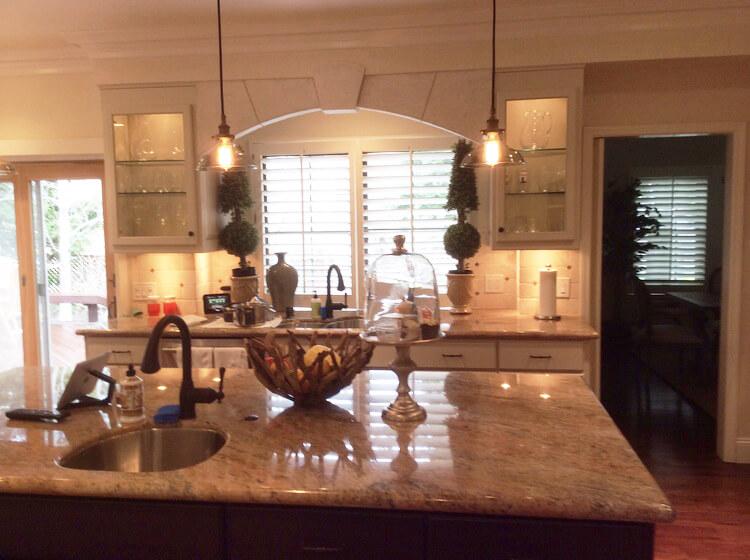 Kitchen+Cherry+Blackhawk+I+(4).jpg