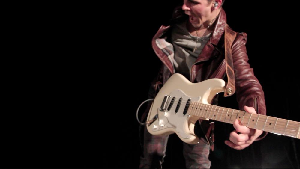 Fender 3.jpg
