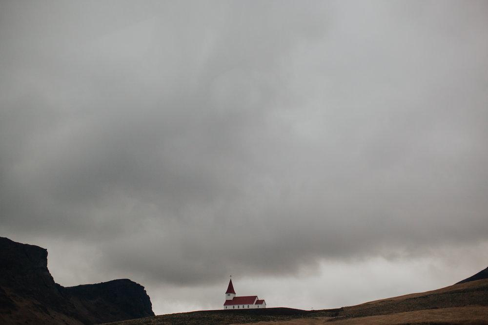 Margaret & Frankie - Iceland-8222.jpg