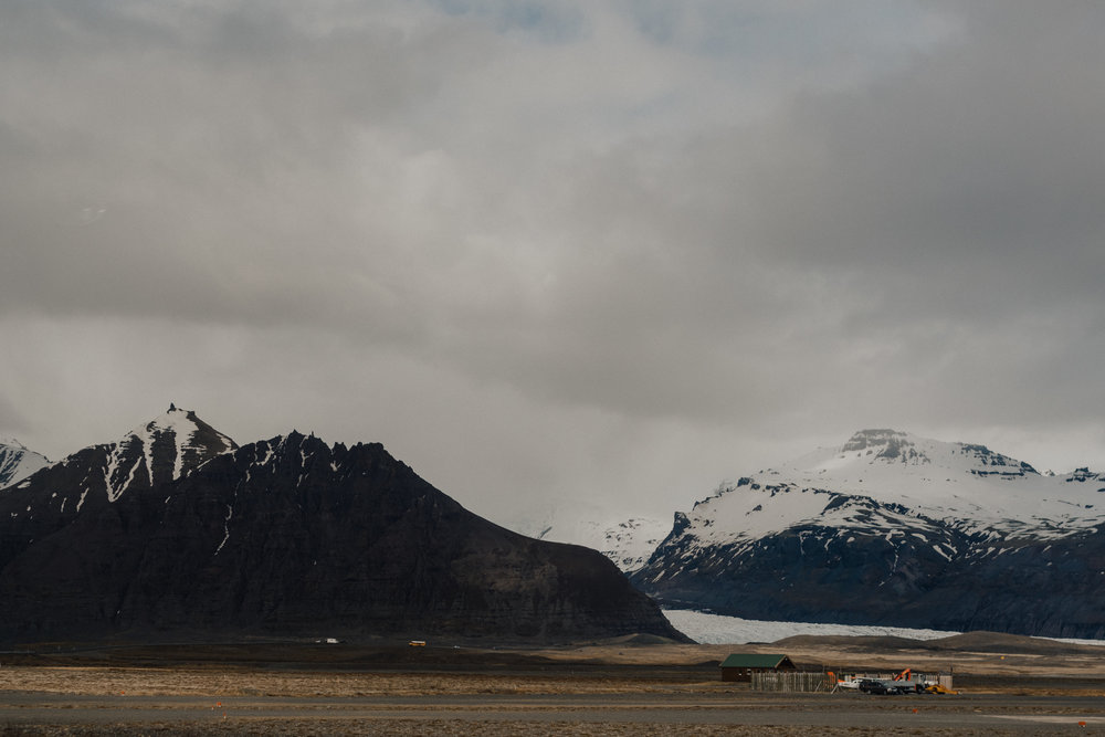 Margaret & Frankie - Iceland-9306.jpg