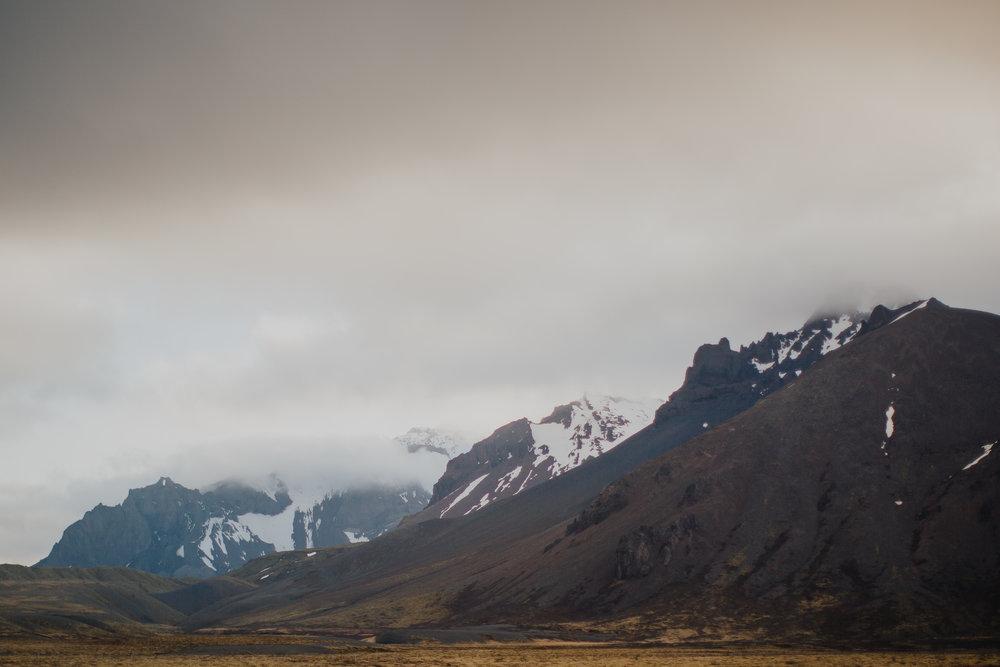 Margaret & Frankie - Iceland-7923.jpg