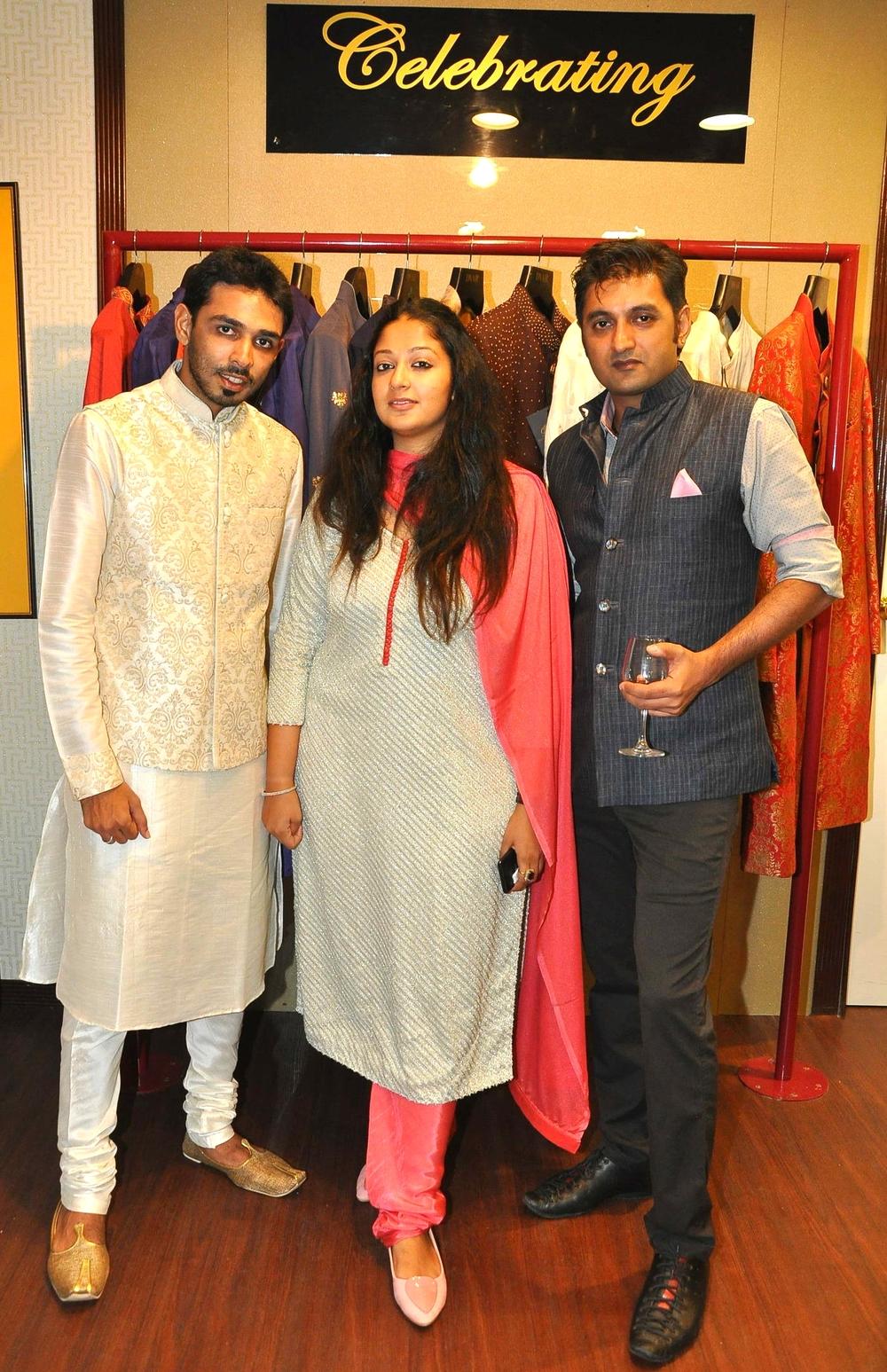 DVAR Owners- Vijayta V Gandhi and Parth M Sanghavi with Designer DigVijay Singh