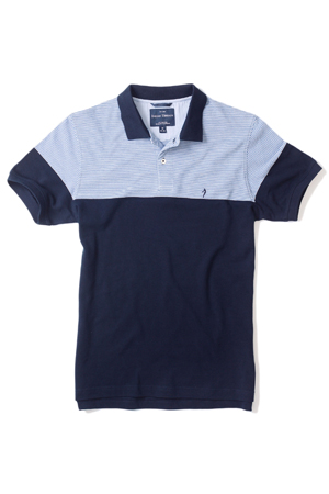 Teamed up with a straight-cut indigo denim, this polo t-shirt is best way of welcoming a weekend.