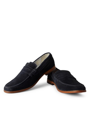 The thing about this loafers is that they are designed for all. Also for the one's who want to keep it simple.