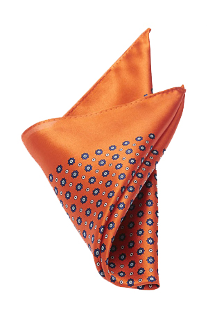 A bit loud in color but low on print, this orange pocket square is is best for any monochrome outfits.