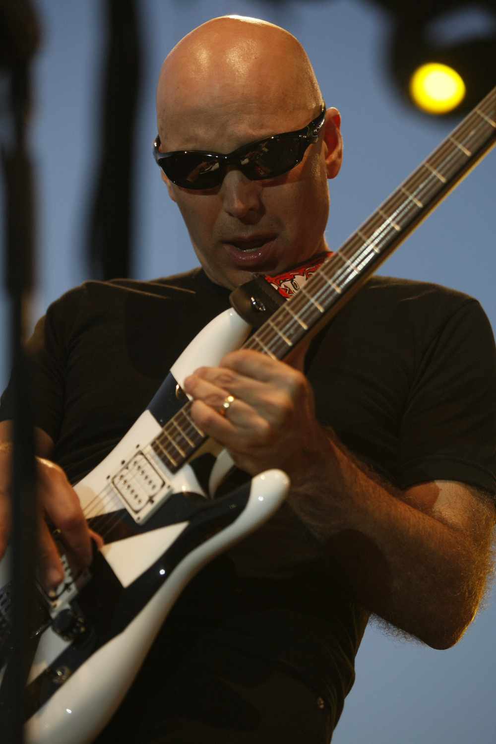 Joe Satriani performing live