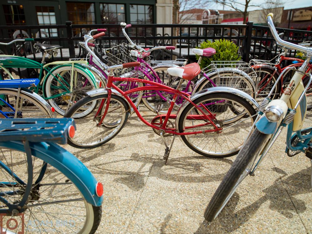 "<  img    src  ="" http://static1.squarespace.com/static/51f7d732e4b0eda27e6e8b2f/t/55846869e4b00c2abfc74032/1434740894579/Vintage_bike_061.jpg?format=1000w *    width  =""1000""  height  =""750""  alt  =""vintage_bike""  title  =""vintage_bike"" />"