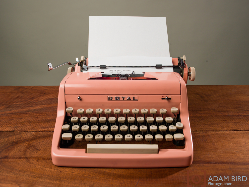 pink, vintage, Royal typewriter