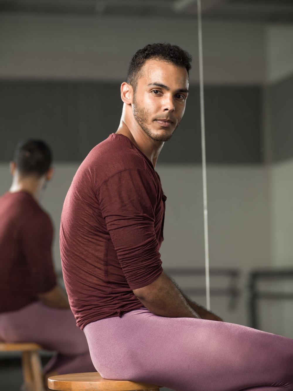 Ednis Gomez, ballet dancer, international artist, who can and will dance anywhere.