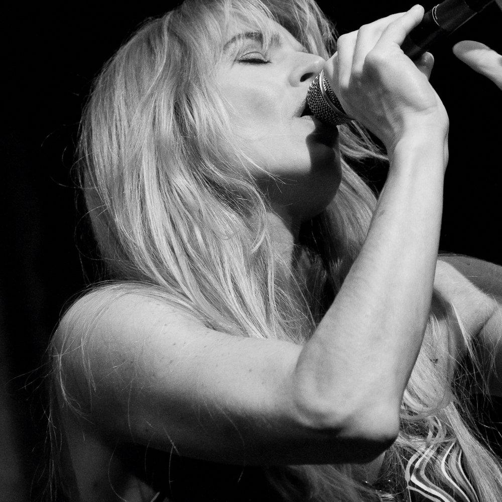 http://www.carmengomes.com/: 1 oktober, 26 november en 17 december. Op vrijdag 3 november is er een speciale uitvoering ivm haar nieuwe cd.