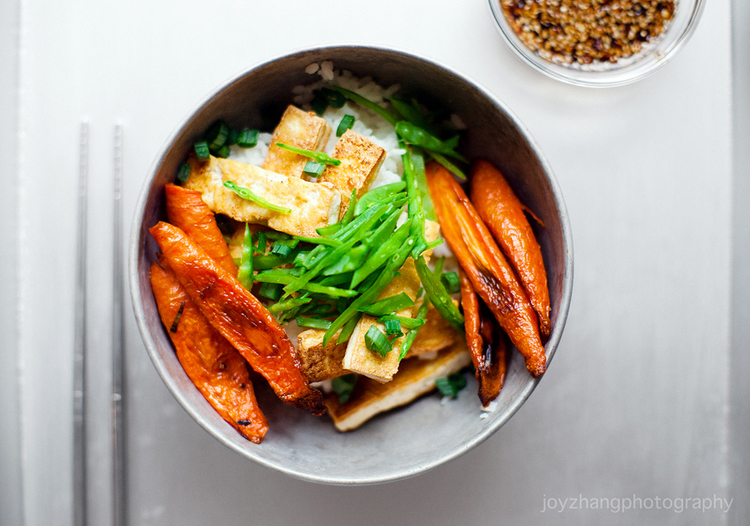 CRISPY TOFU WITH ROASTED CARROTS AND SNOW PEAS — 1-2 Simple Cooking