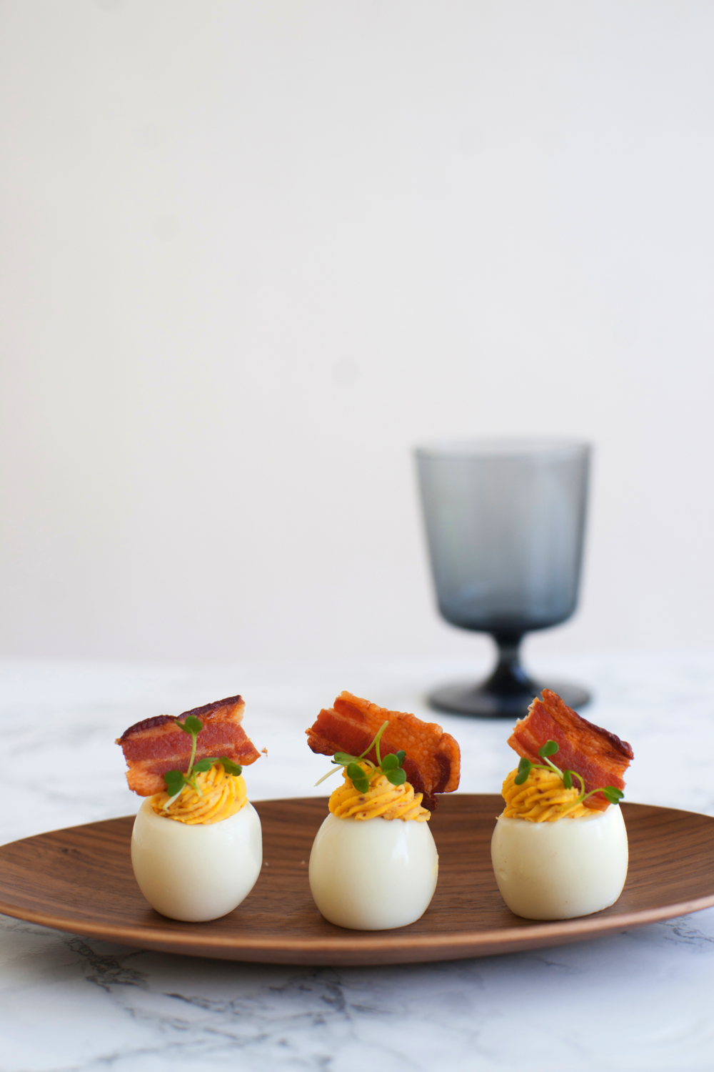 bacon_deviled_eggs_1.jpg