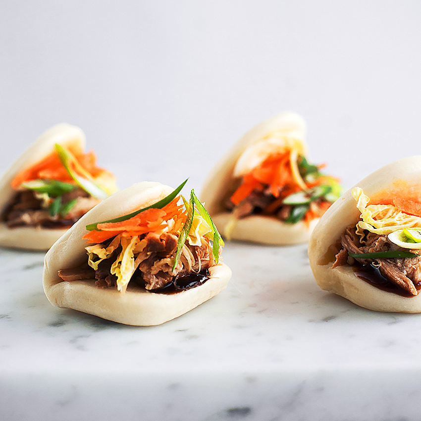 SHREDDED PORK BUNS