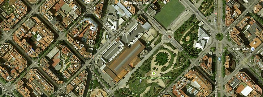"""Vista superior da """"Estação Nord"""", local de fácil fuga sem intervenção da polícia. Foto extraída do Google Street View."""