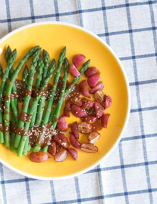 asparagus-radishes-1