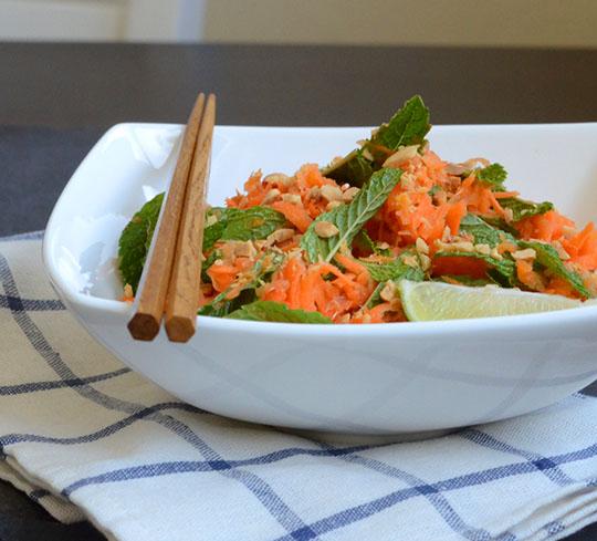 Thai Carrot and Mint Salat
