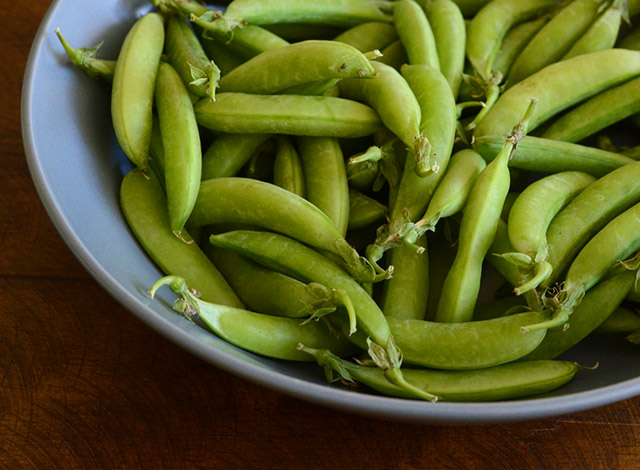 stir-fried-sugar-snap-peas-radishes-1