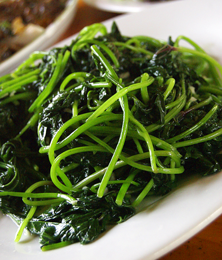 food-water-spinach_0.jpg