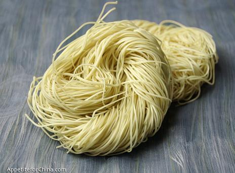 wonton-noodlesoup-4 (1).jpg
