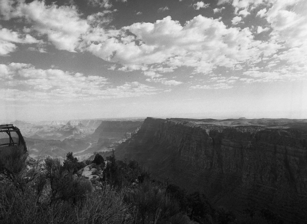 2018_grand canyon_M645Delta400007-Edit.jpg