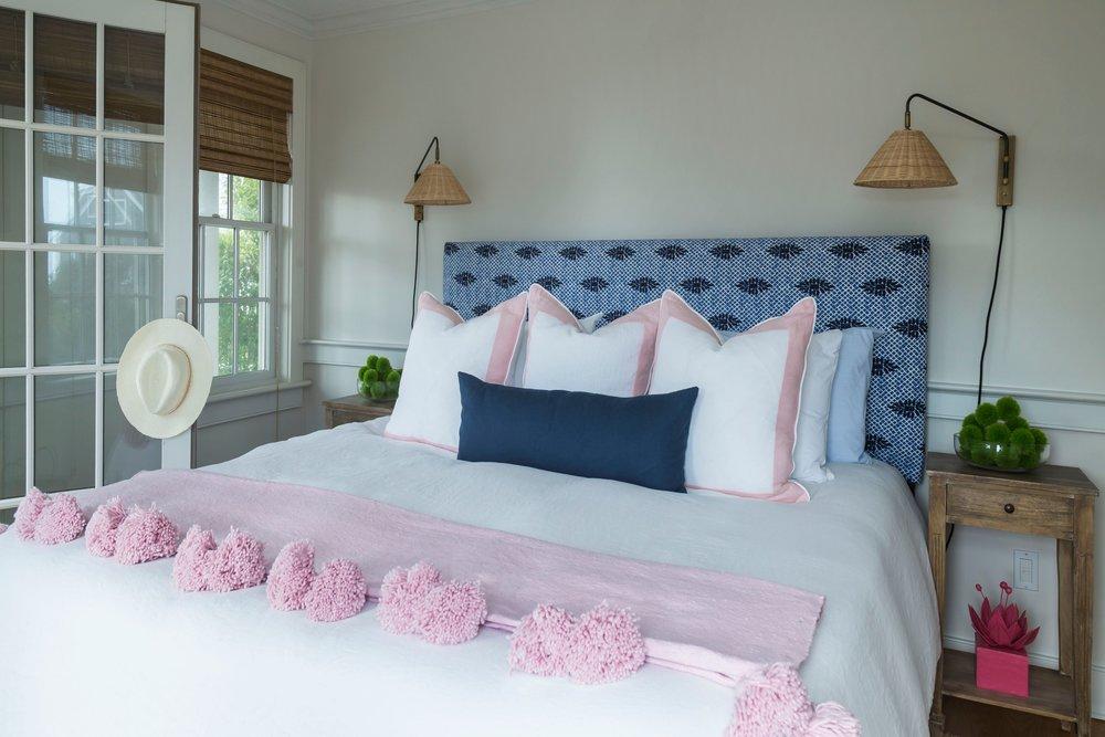 nantucket guest bed.jpeg