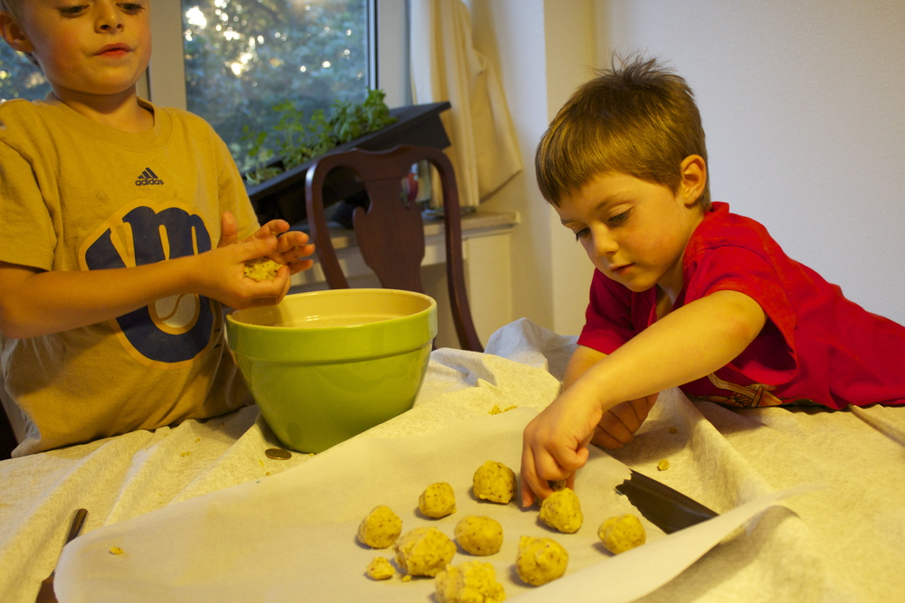 Rolling the dough into balls