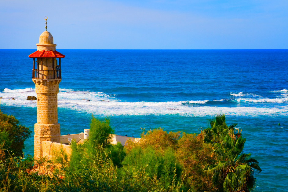 053822439-landscape-view-tel-aviv-coastl.jpeg