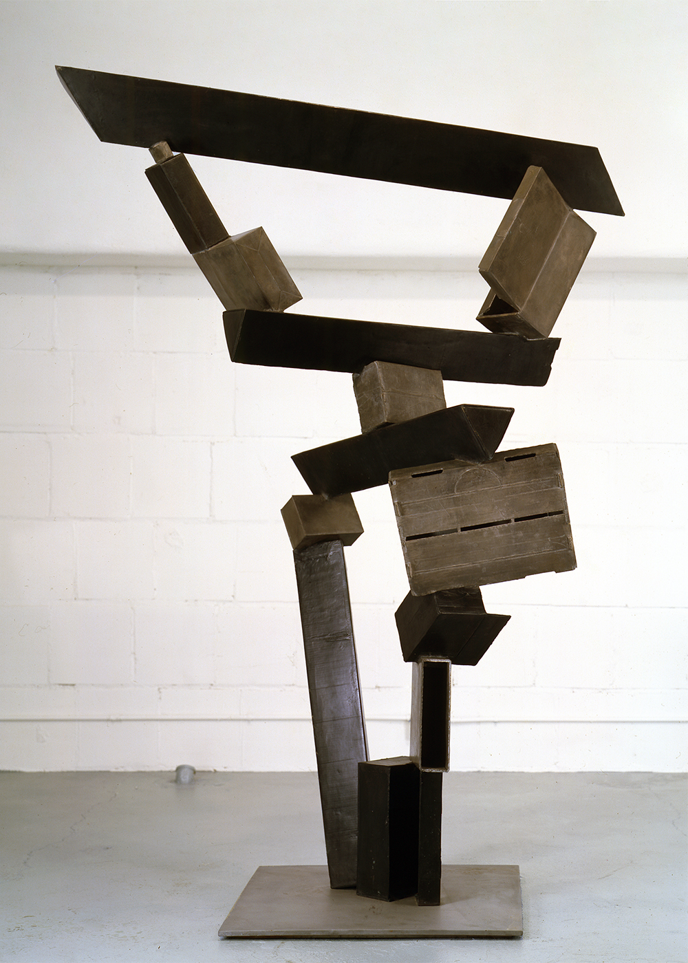 Don Gummer Sculpture The world on time, 1997