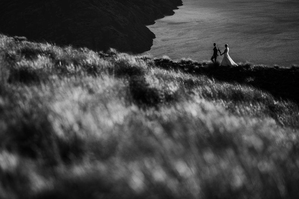 Jess&TroyMonochrome-1004.jpg