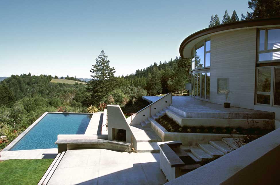 sev-tristan-10-terrace.jpg