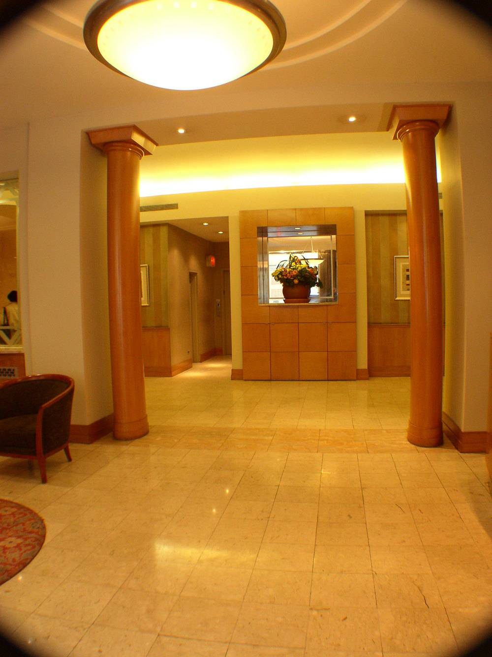 Lobby 020.jpg