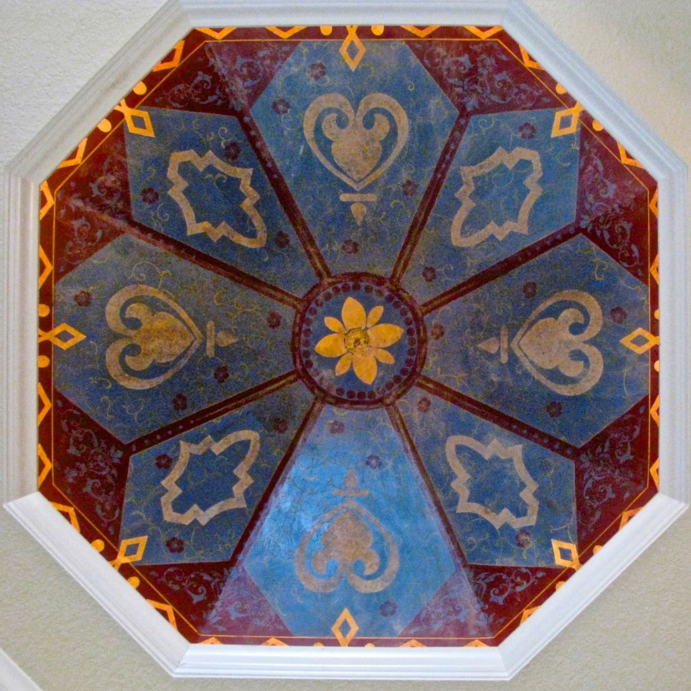 Moroccan-inspired tray ceiling