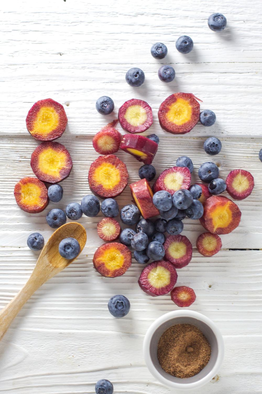 purple carrots + blueberries + nutmeg - Baby FoodE