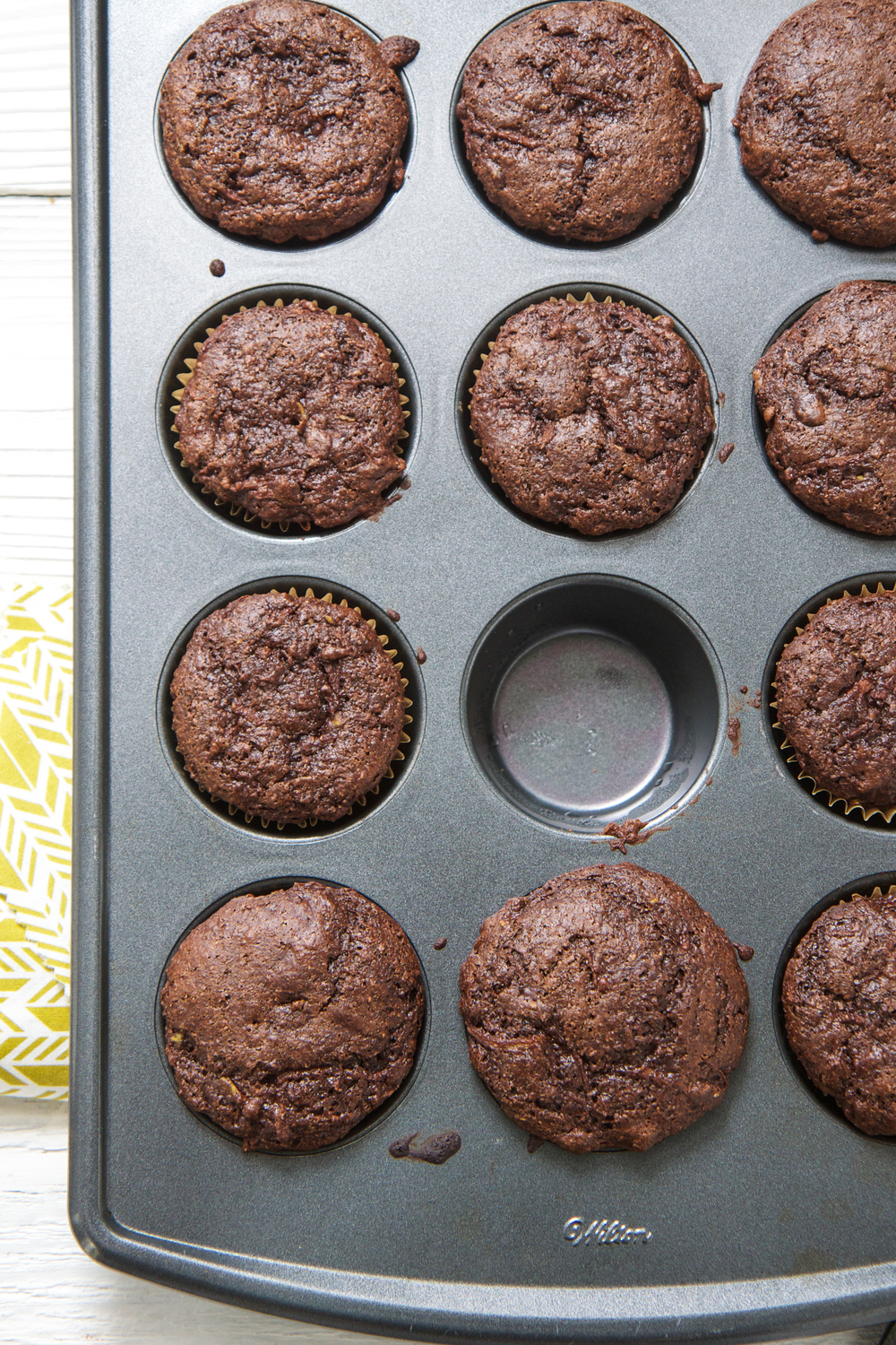 chocolate whole wheat muffins with pear babyfoode