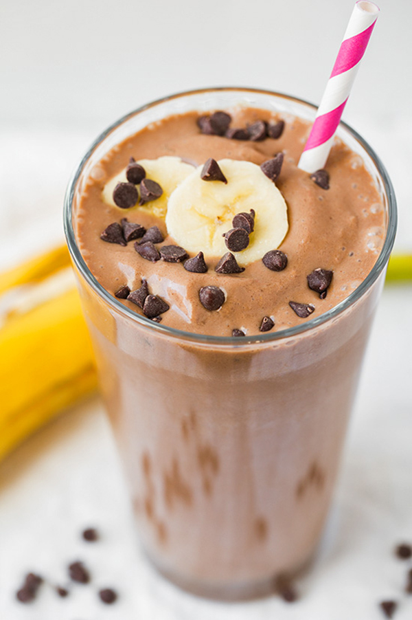 chocolate-peanut-butter-banana-breakfast-shake3-srgb.jpg