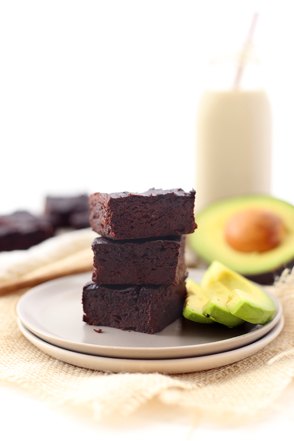 Avocado-Brownies-4.png