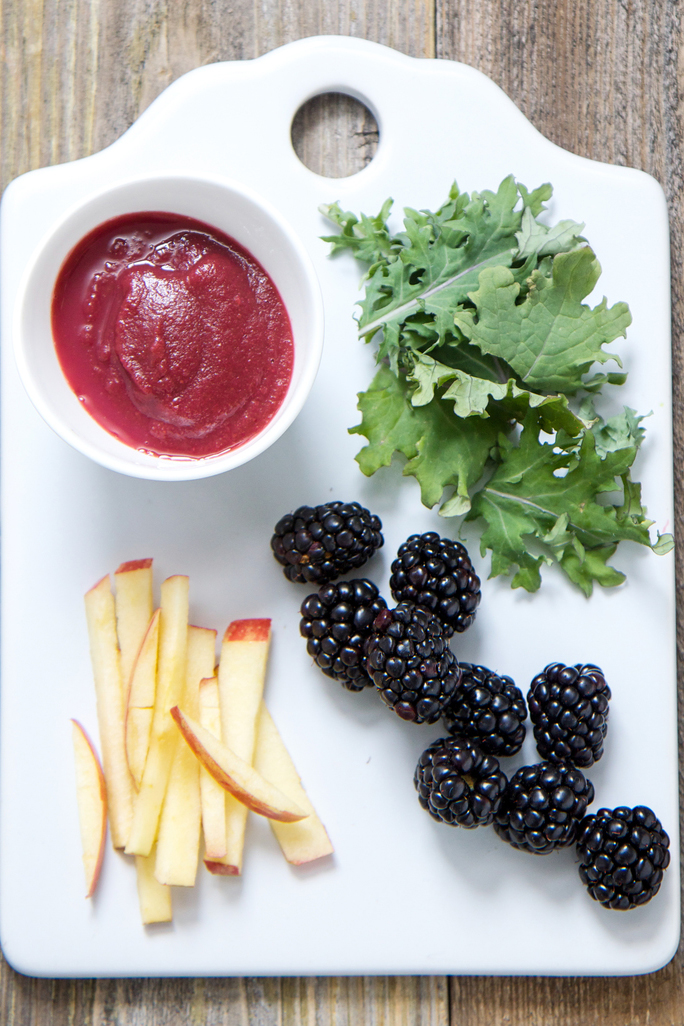 blackberry+kale+apple+puree+babyfoode.jpg