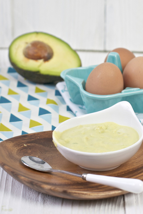 15 easy, healthy, and delicious baby food purees to serve for lunch.
