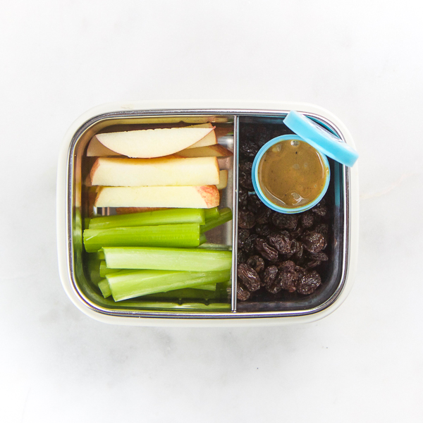 14_Toddler_Snacks_On_The_Go-3.jpg
